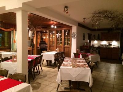 Bargsunnu Hotel, Dining Table