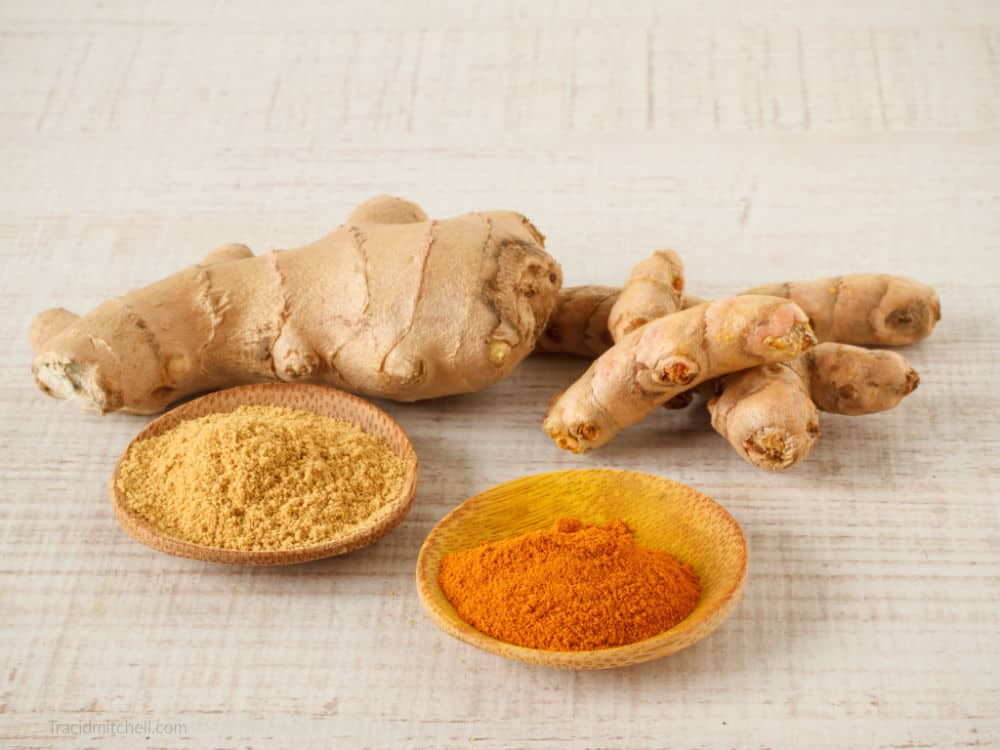 Benefits Turmeric and Ginger Belly Bloat Tea