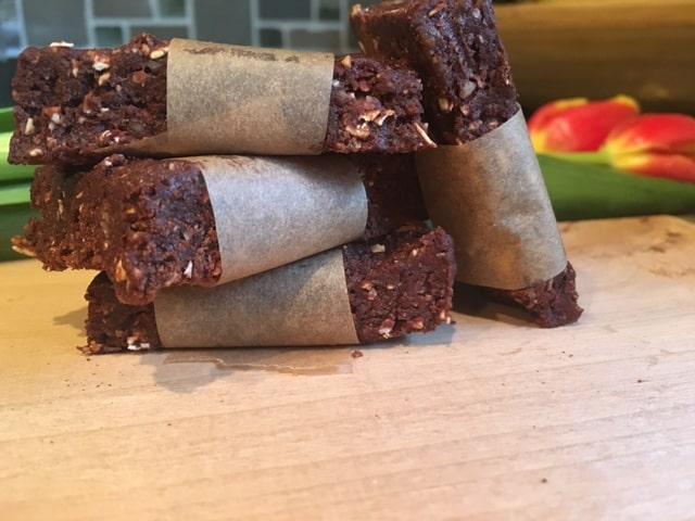 Homemade Chocolate Pecan LARABAR