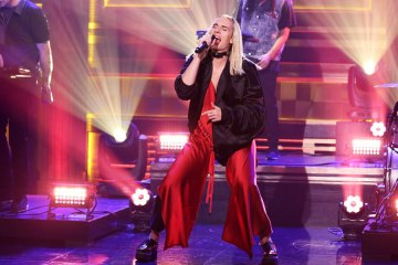 MØ - Final Song (Live@The Tonight Show Starring Jimmy Fallon)