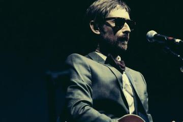 The Divine Comedy - ow Can You Leave Me On My Own
