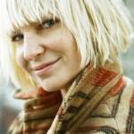 Sia se apresenta com Natalie Portman e Jimmy Fallon na TV