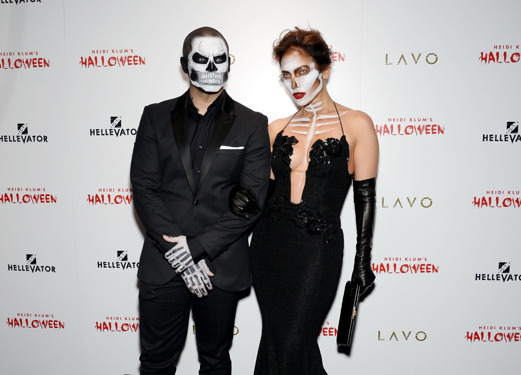 Jennifer-Lopez-Casper-Smart-Skeleton-Halloween-Costumes