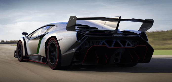 Lamborghini-Veneno-taillights