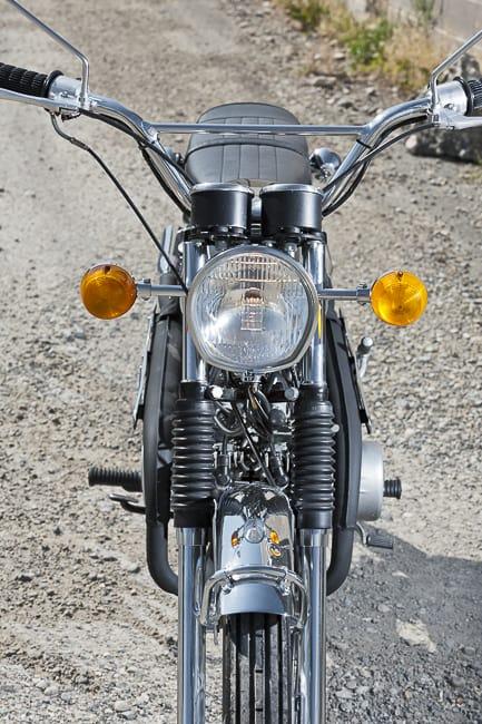 1971 suzuki stinger motorbike