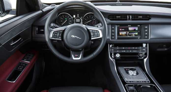 2016 jaguar xf r-sport review (3 of 9)