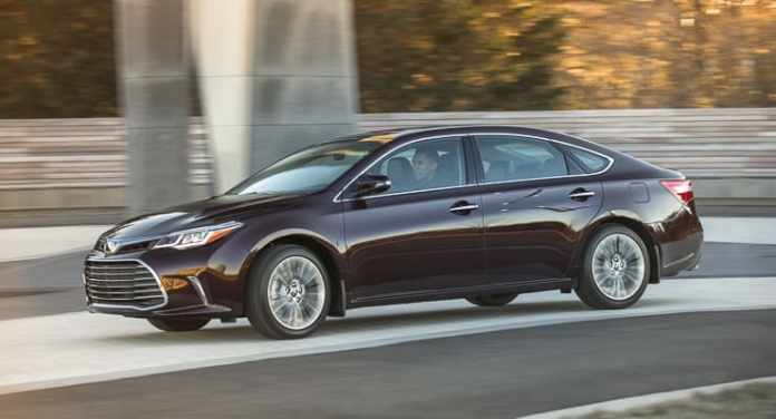 2016 toyota avalon review (5 of 33)