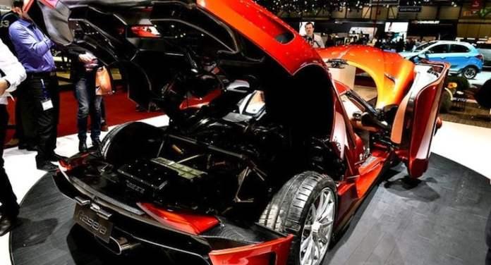 Koenigsegg Regera engine