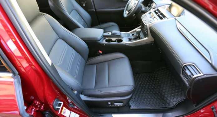 Lexus_NX300h_FrontSeats