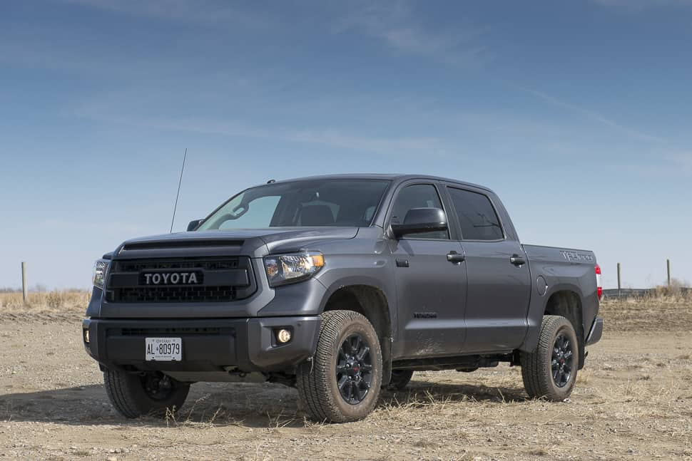 in pictures all blacked out 2016 toyota tundra trd pro. Black Bedroom Furniture Sets. Home Design Ideas