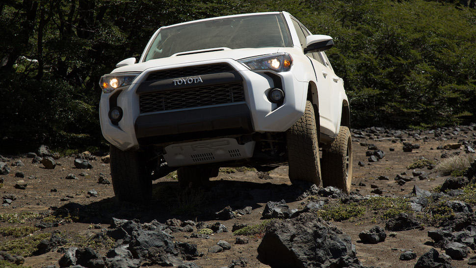 2017 toyota 4runner trd pro review front climbing