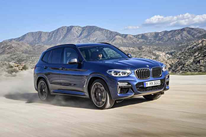 2018 BMW X3 front rolling dirt