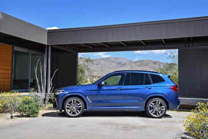 2018 BMW X3 sideview