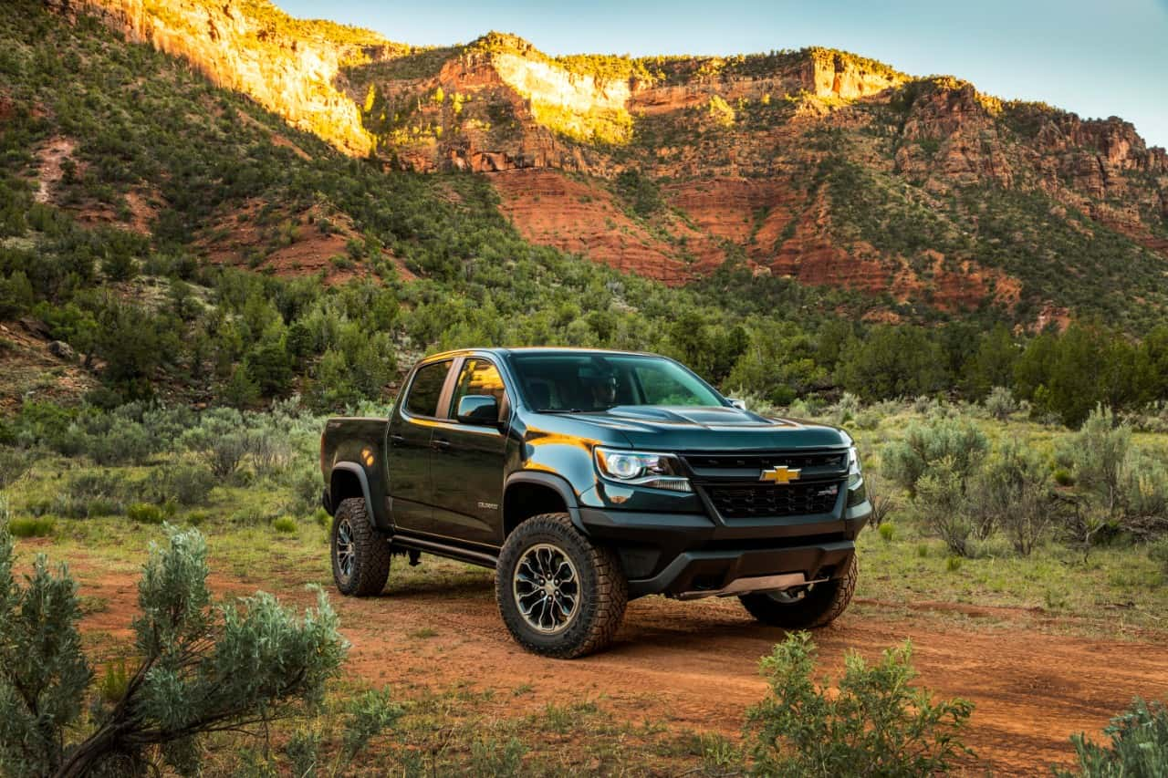 2017 chevrolet colorado zr2 front exterior