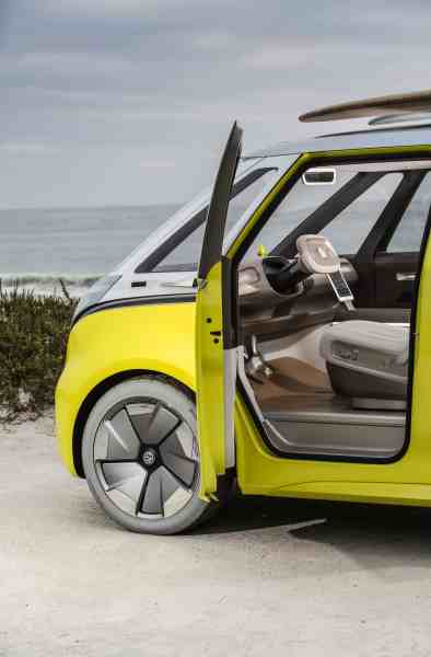 volkswagen I.D. BUZZ electric concept front door open