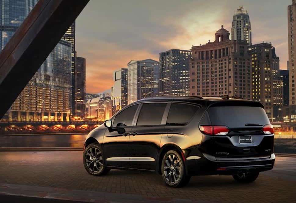2018 Chrysler Pacifica with S Appearance Package rear view