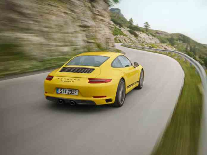 2018 Porsche 911 Carrera T rear