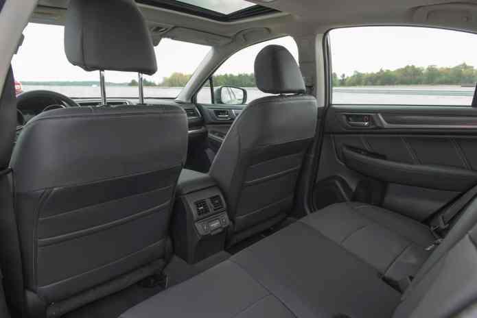 2018 Subaru Legacy Review rear seats