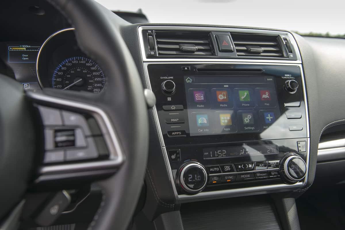2018 Subaru Legacy Review display