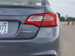 2018 Subaru Legacy Review rear taillight