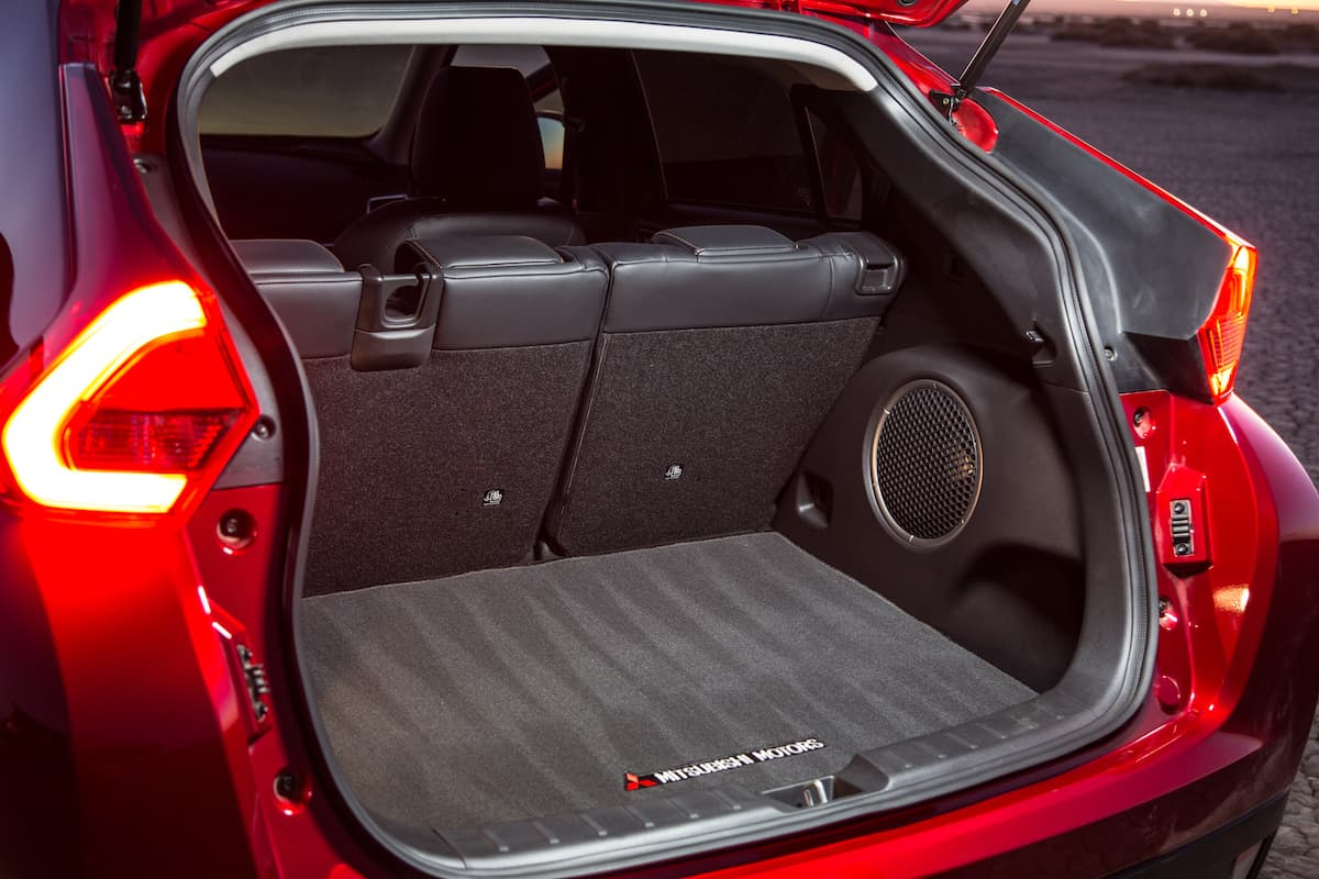 hight resolution of 2018 mitsubishi eclipse cross rear cargo