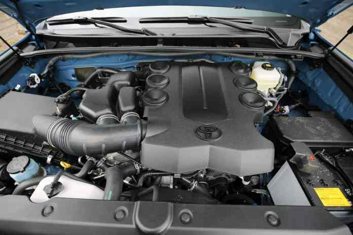 2018 Toyota 4Runner TRD Pro engine