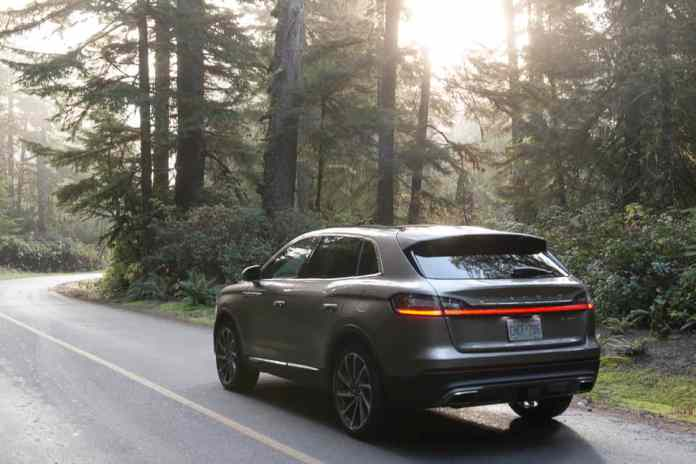 2019 lincoln nautilus suv amee reehal (6 of 14)