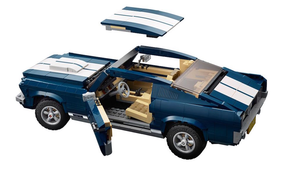 lego creator 1967 mustang fastback removable roof and doors