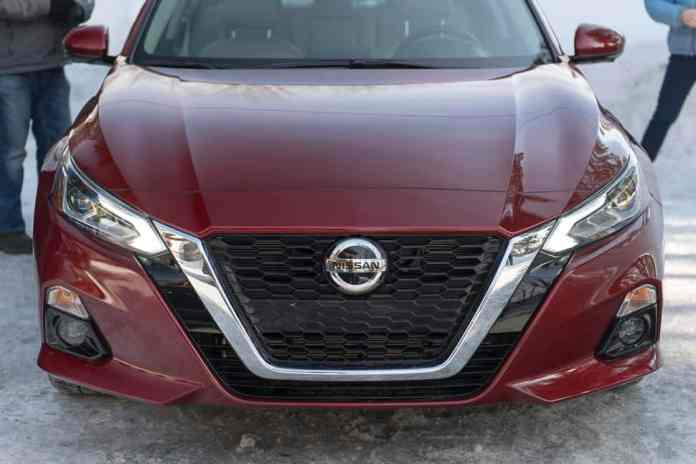 2019 nissan altima awd front grille redesign exterior