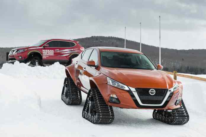 2019 nissan altimate awd vs Rogue Warrior