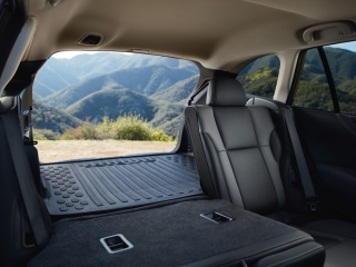 2020 subaru outback rear cargo with seat down