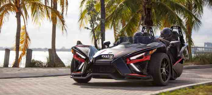 2020 polari slingshot r autocycle front view