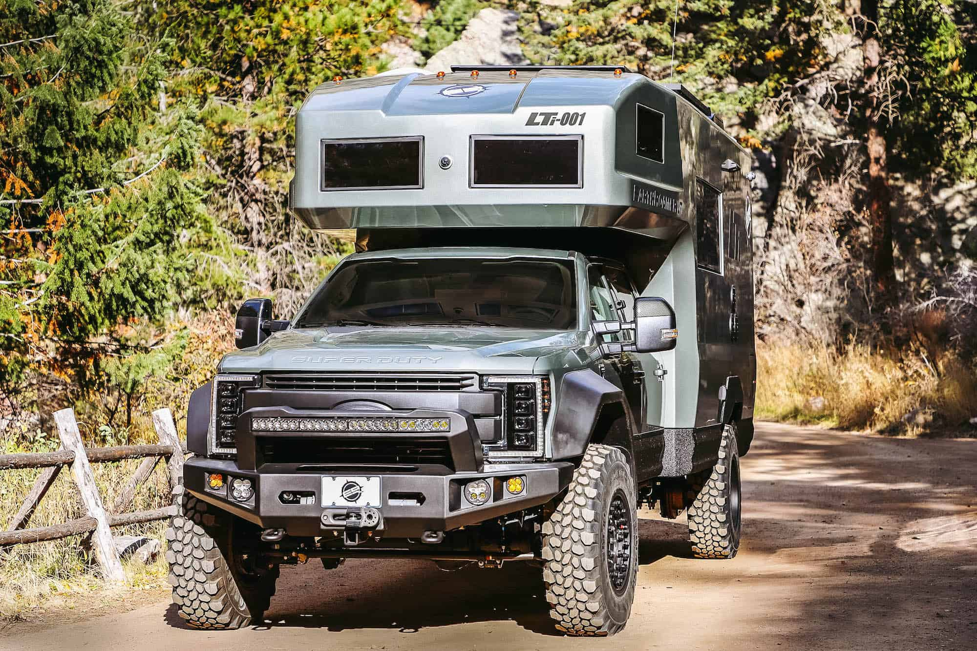 EarthRoamer LTi carbon fiber expedition vehicle front