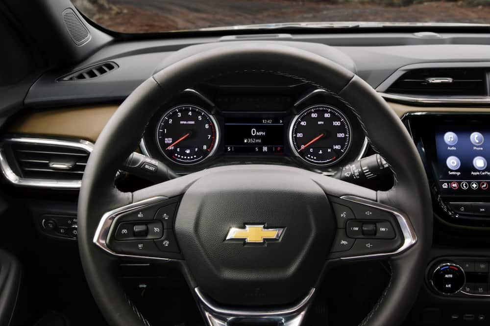 2021 Chevrolet Trailblazer ACTIV interior steering wheel