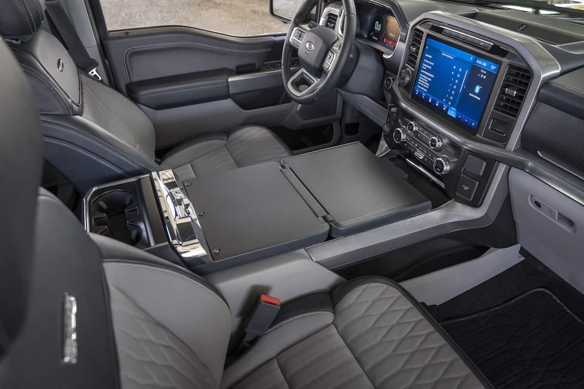 2021 Ford F-150 interior cabin