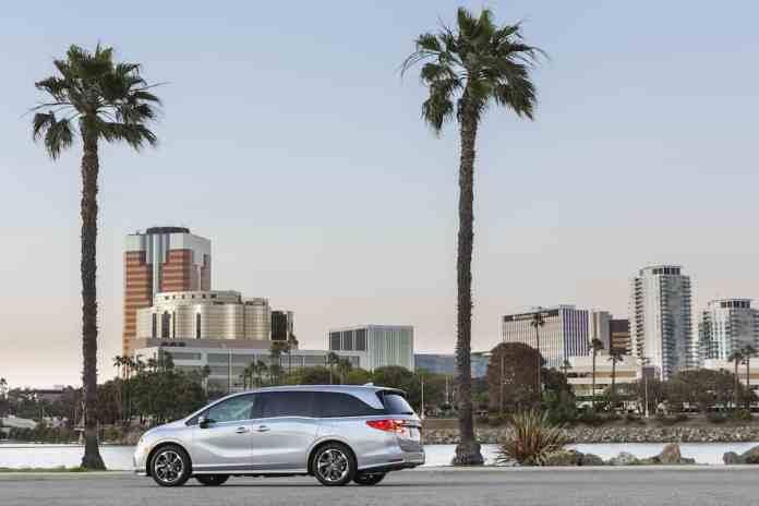 2021 Honda Odyssey rear shot