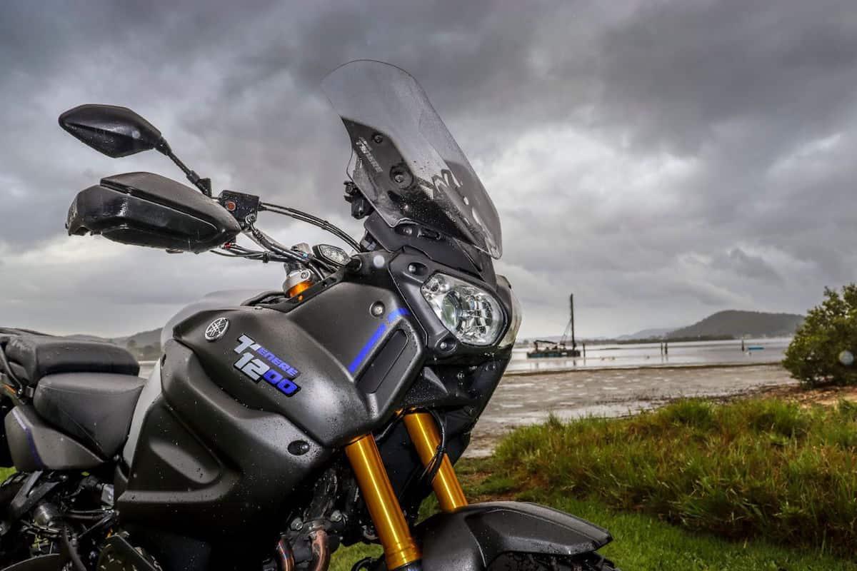Yamaha Super Tenere ES front