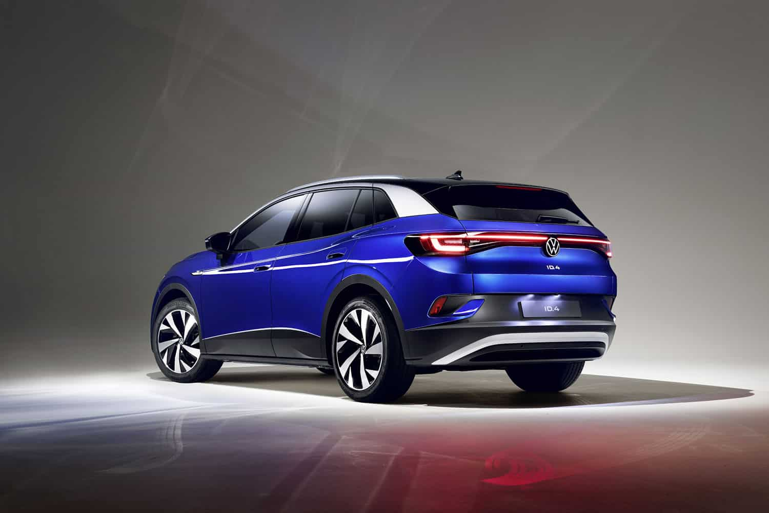 2021 VW ID-4 compact electric suv 8