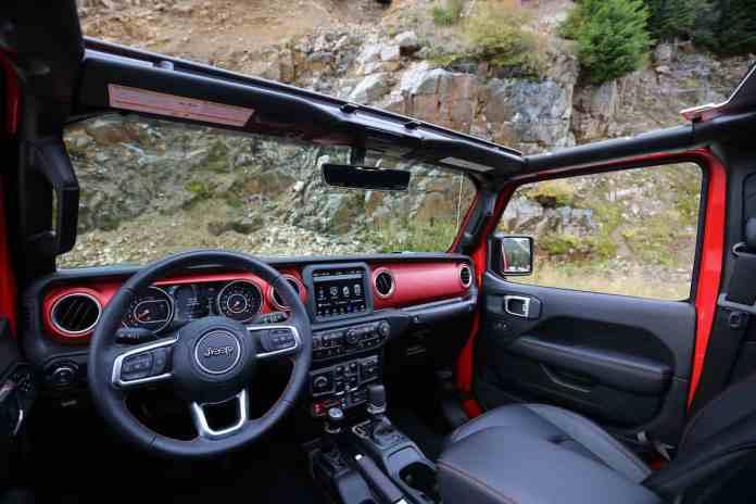 2020 Jeep Gladiator Rubicon interior