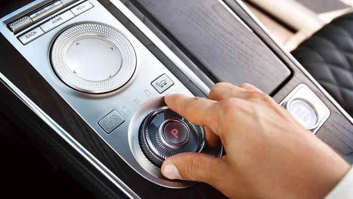 2021 Genesis GV80 interior shifter
