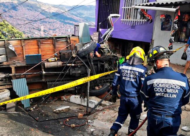 Camión sin frenos en Medellín