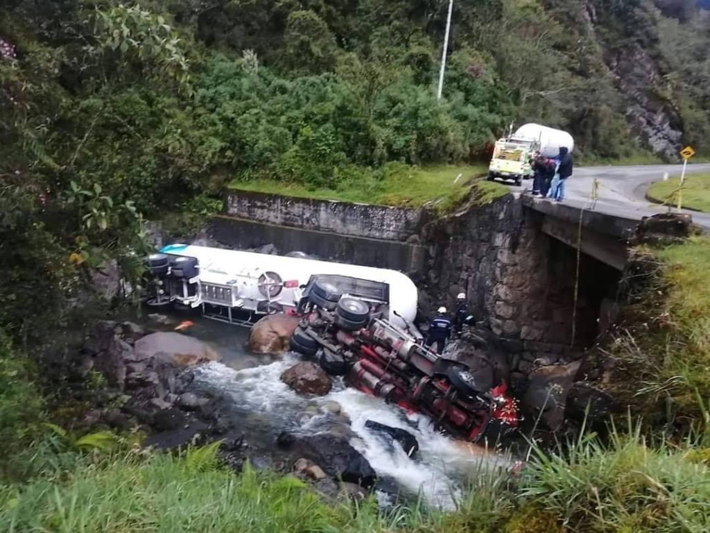 Camión cisterna accidente