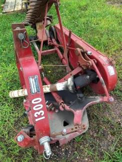 International Harvester 1300 Sickle Bar Mower