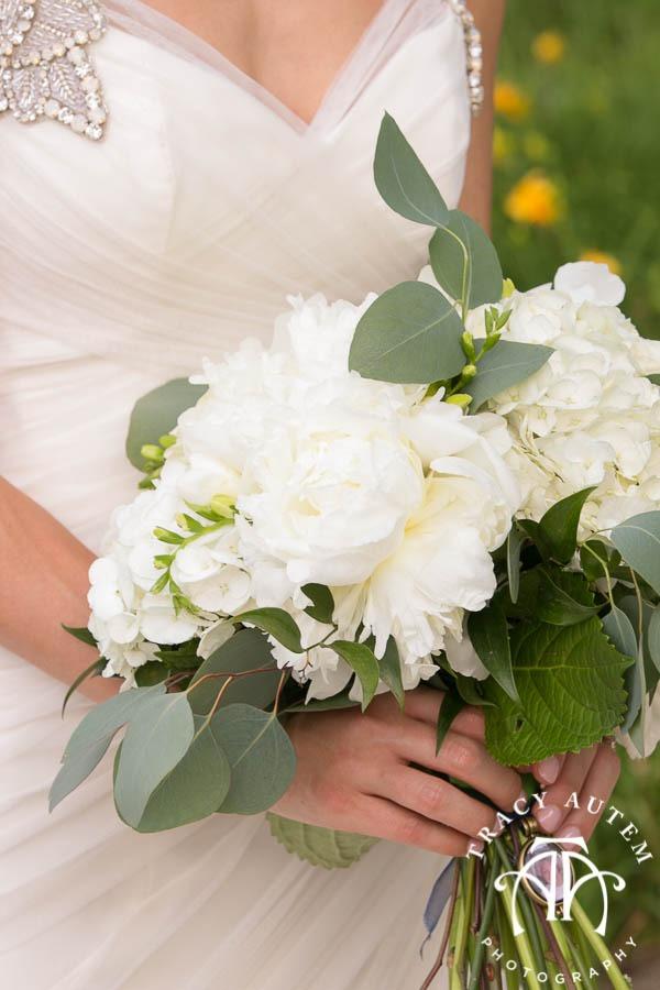 Jason Katie Wedding Details Dress Hydrangeas White Flowers Ideas Invitations Omni Hotel St. Patricks Cathedral Catholic Ceremony Fort Worth Downtown Tracy Autem Photography-0013