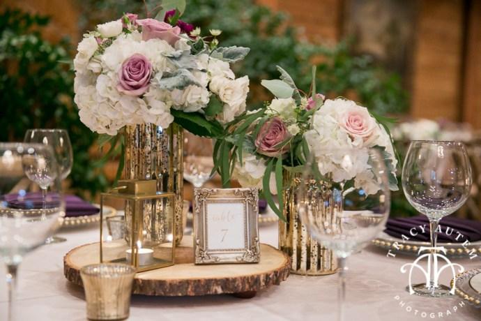 laura-and-david-wedding-details-classic-oaks-venue-wedding-reception-ideas-purple-tcu-flowers-justines-love-sign-rustic-tracy-autem-photography-0035
