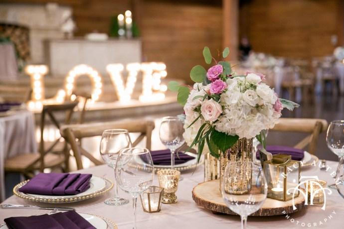 laura-and-david-wedding-details-classic-oaks-venue-wedding-reception-ideas-purple-tcu-flowers-justines-love-sign-rustic-tracy-autem-photography-0042