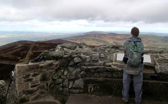 Moel Famau, Clwydian Way
