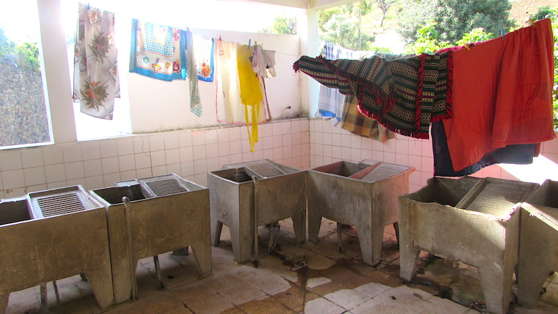 The communal washroom at Cachopo