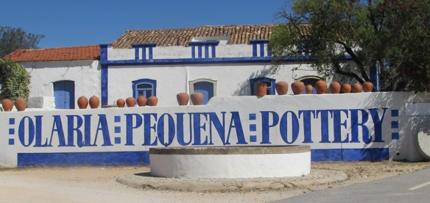 Central Algarve: the potteries of Porches