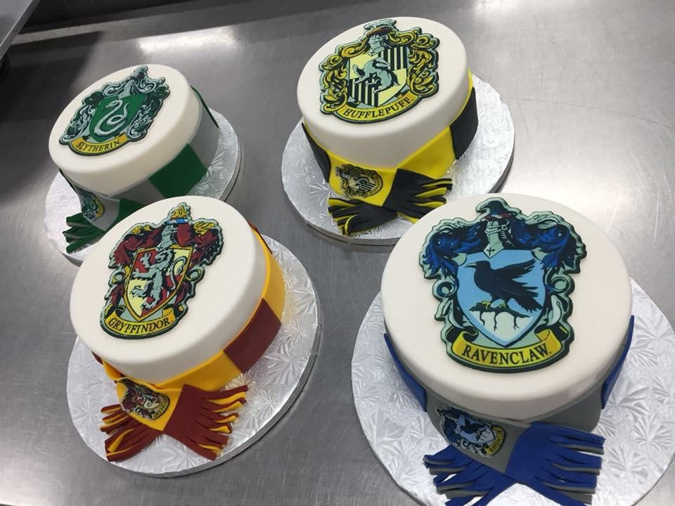 Sacramento Creative Cake Series 2 Harry Potter Homes By Tracy Fig